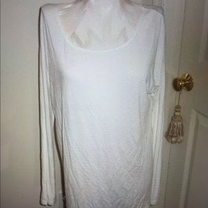 NWT Vince top, tunic cream size large $145